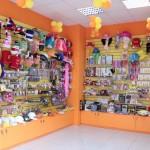 Стеллажи для магазина детской одежды
