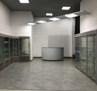 Торговое оборудование для магазина бижутерии
