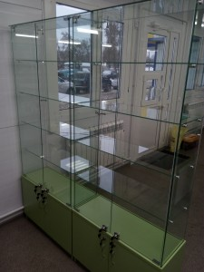 Стеклянне витрины для аптек
