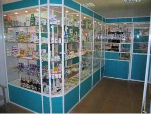 Стеклянные витрины для аптек