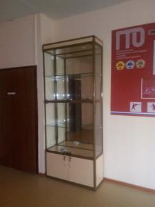 Стеклянную витрину купить в Самаре